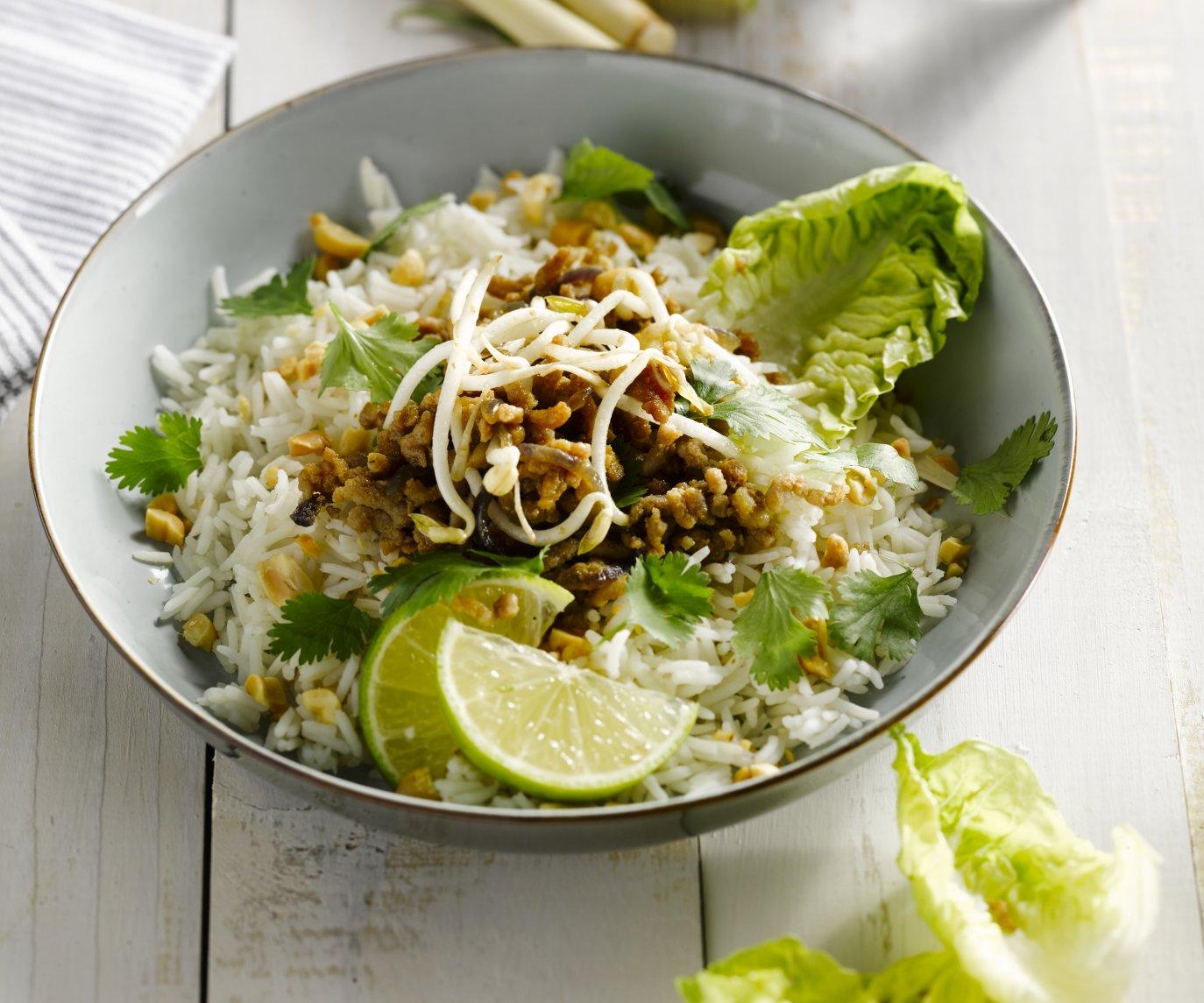 Thaise salade met varkensgehakt en citroengras