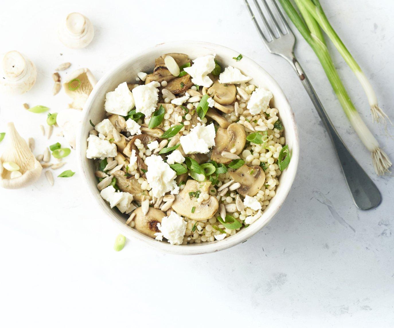 Fregola sarda met champignons, citroen en feta