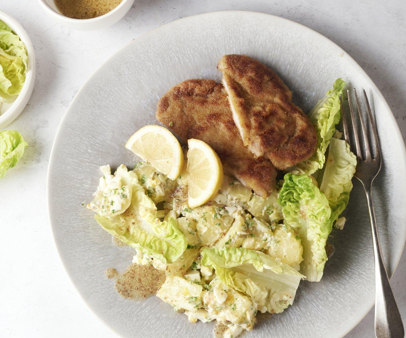 Schnitzel met aardappelsalade