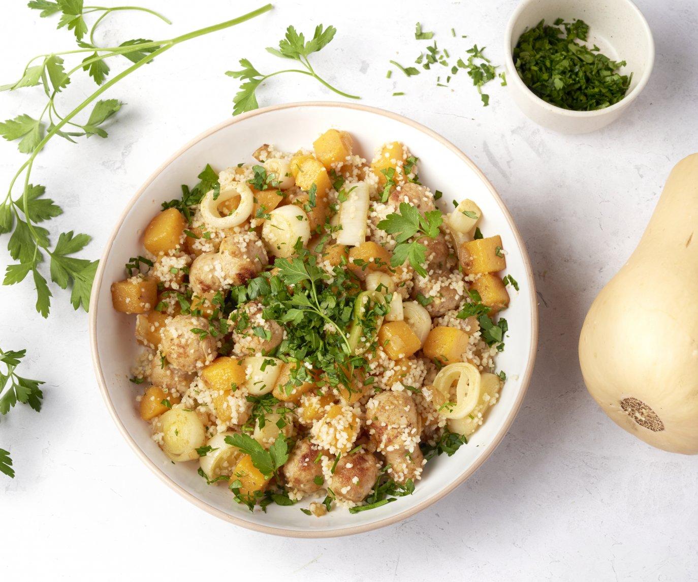 Couscous met kalkoenworst en pompoen