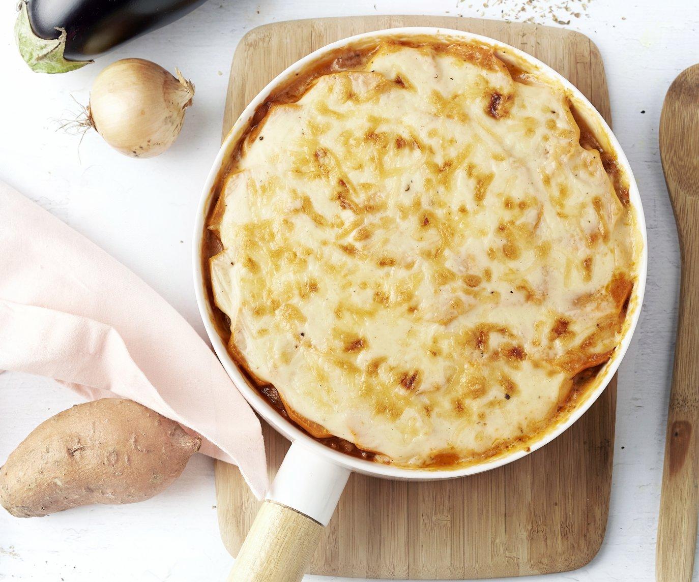 Moussaka met kippengehakt en zoete aardappel