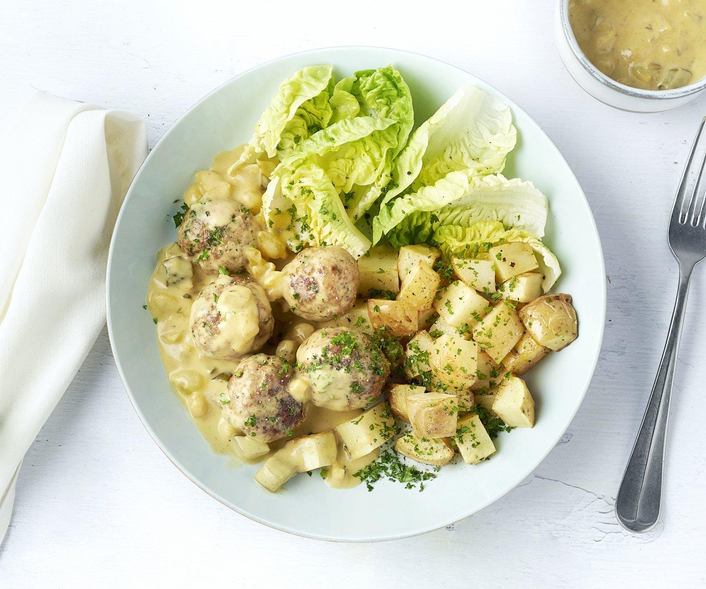 Gehaktballetjes met geroosterde aardappelen en blackwellsaus