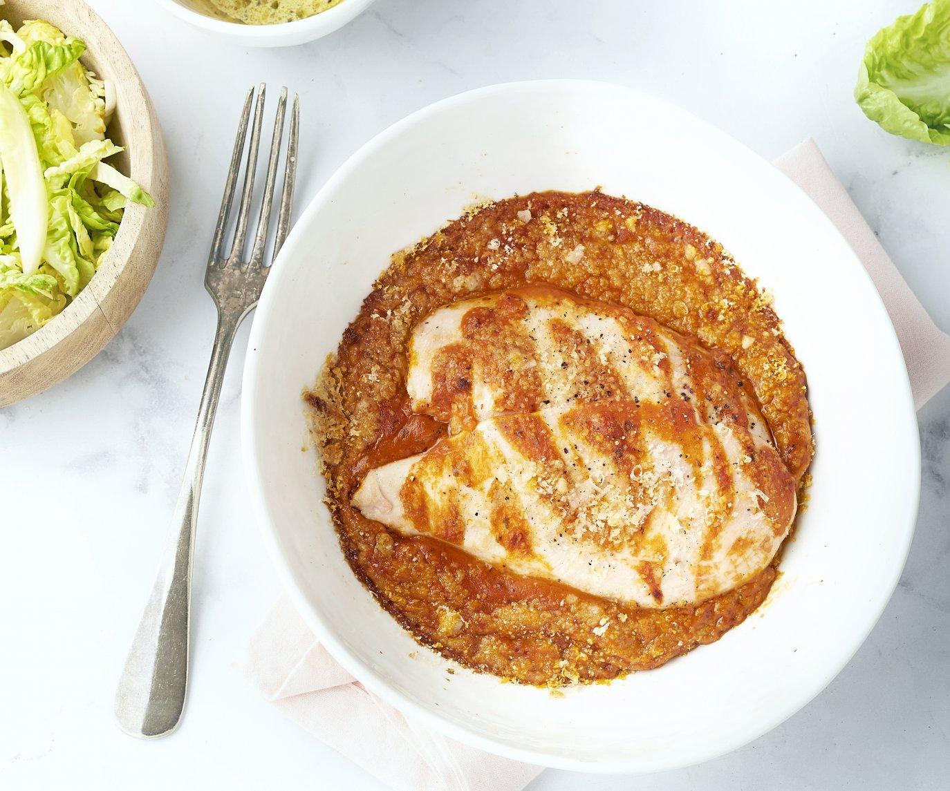 Romige ovenschotel met kip en salade