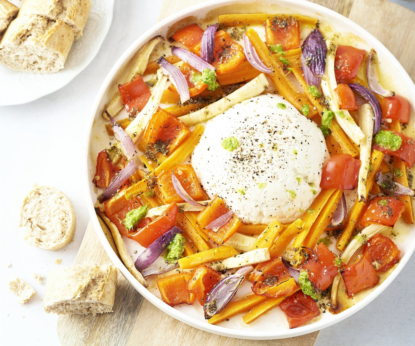 Geroosterde groenten met gebakken ricotta en peterseliedressing