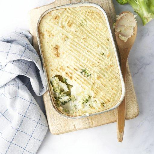 Ovenschotel met vis, broccoli en kruidenkaas
