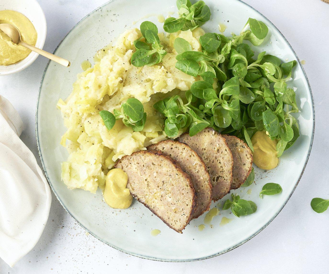 Preistoemp en gehaktbroodje met kaas