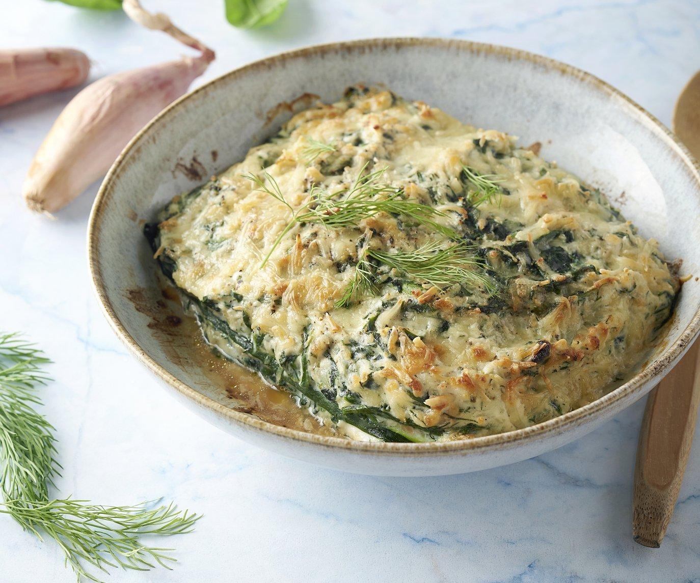 Courgettelasagne met gerookte zalm en spinazie