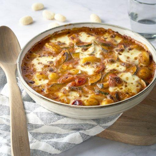 Romige ovenschotel met groenten, mozzarella en gnocchi