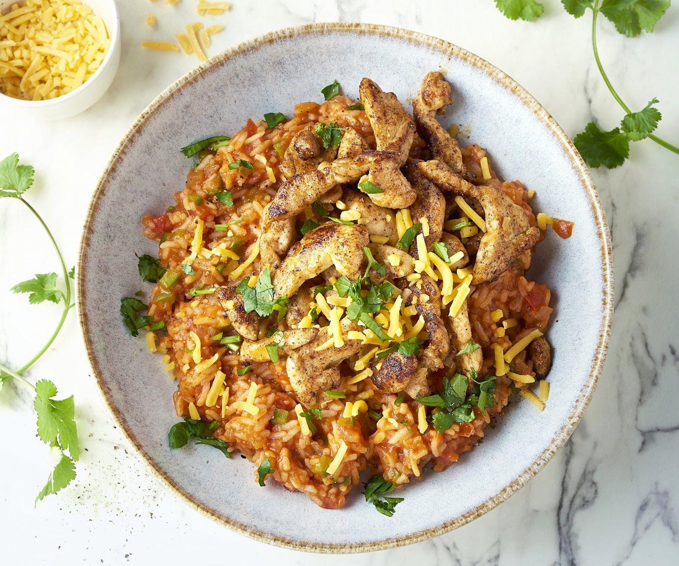 Mexicaanse rijst met kip en cheddar