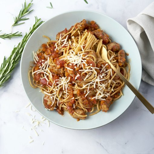 Snelle spaghetti bolognaise met worstjes