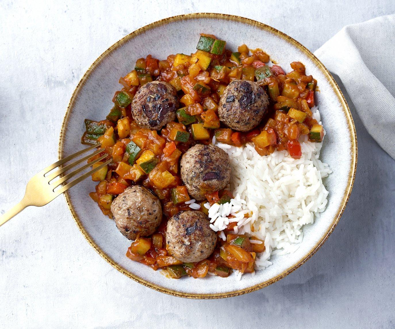 Provençaalse gehaktballetjes met venkel-ratatouille en rijst